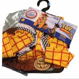 Halloween Dog Costume: Woody Toy Story